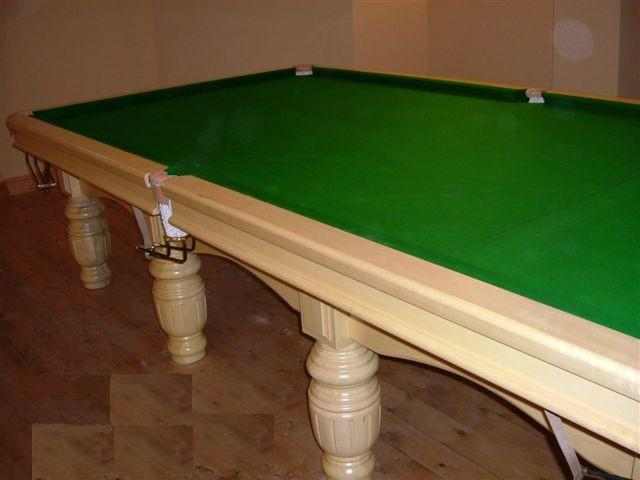 Full Size Snooker Table In Willow Wood - Full size snooker table for sale